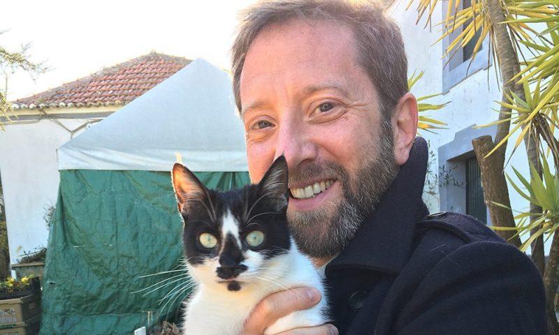 harry eckman with cat